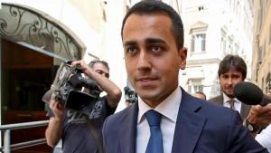 """Pizzarotti, Di Maio: """"Applicato regole, non siamo Pd"""""""