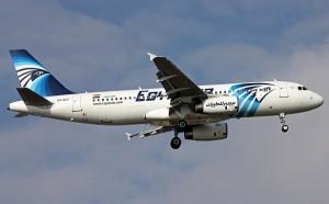 """Egyptair, volo maledetto: """"Abbatteremo questo aereo"""""""