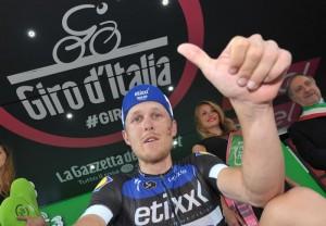 Giro d'Italia, Matteo Trentin l'eroe di Pinerolo