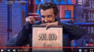 Guarda la versione ingrandita di Affari Tuoi: Alberto Bindi vince 500 mila euro