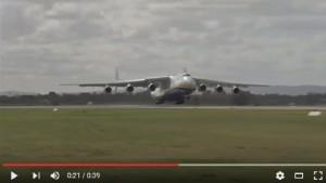 VIDEO Antonov AN-225, aereo più grande del mondo atterrato