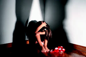 Pedofilo romano colpisce ancora: abusi su bimba di 10 anni