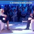 Berlusconi da Barbara D'Urso racconta barzelletta e... 3
