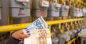 """Bollette, Iva illegittima: """"furto"""" da 170 euro a famiglia"""
