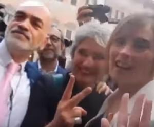 VIDEO YOUTUBE Paola Concia alla Boschi: Ora ti bacio con...