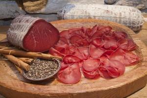 Bresaola della Valtellina? Fatta di carne di Zebu brasiliano