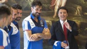 """Buffon, dal """"boia chi molla"""" a Renzi: """"Delle sue riforme..."""""""
