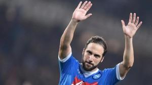 Calciomercato Napoli, Higuain obiettivo del Chelsea di Conte