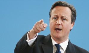 David Cameron alza i toni sulla Brexit. Il premier britannico arriva a dire che l'uscita della Gran Bretagna dall'Ue metterebbe a rischio la pace in Europa con la possibilità di nuovi conflitti.