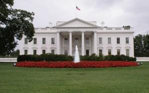 Usa, Casa Bianca isolata per pacco sospetto. Obama dentro