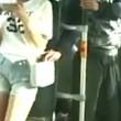 Cina, borseggiatore picchiato sul bus3