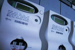 Roma, intero palazzo ruba corrente elettrica: 14 arresti