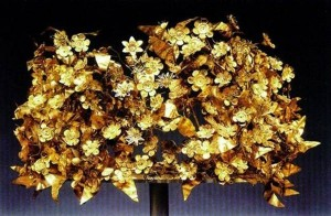 Corona d'oro dell'Antica Grecia in una scatola di cartone...