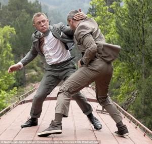 """Guarda la versione ingrandita di Daniel Craig è """"stufo"""" di fare 007: ha rifiutato 80mln€"""