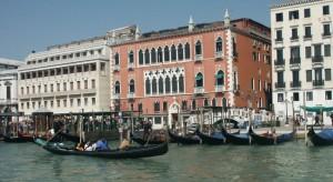 Suicidio a Venezia: turista si getta dall'Hotel Danieli