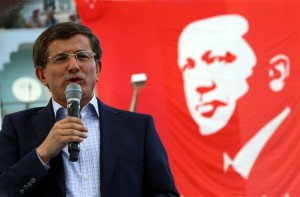Guarda la versione ingrandita di Turchia: Erdagan caccia premier Davutoglu, crisi di governo