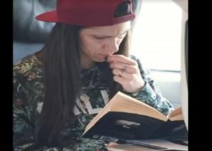 """Incontra Elisa in treno: """"Guardate questa foto. Lei è..."""""""