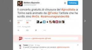 Guarda la versione ingrandita di Fedez chiude Giro d'Italia a Torino. Ma Esposito (Pd)... (foto Twitter)