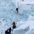 Everest, mistero: 6 esperti scalatori morti in una settimana07