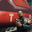 X Factor, Festus da rifugiato a casting del talent show