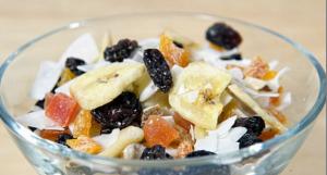 Guarda la versione ingrandita di Dieta, 10 cibi che sembrano sani ma non lo sono affatto