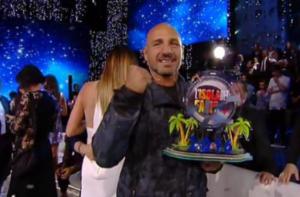 Giacobbe Fragomeni, chi è vincitore Isola dei famosi 2016