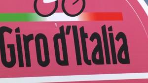 Giro d'Italia: lo spot Rai offende il motociclismo (Youtube)