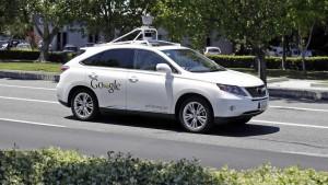 Google Car, la prima volta sull'auto che si guida da sola
