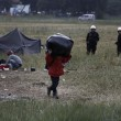 Idomeni, sgombero campo migranti: 8400 trasferiti a...6