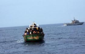C' è una flotta schierata ma non ferma i migranti, perché?