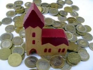 Ferrara, Comune chiede 100mila euro di Imu alla chiesa
