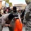 Isis, condannati accoltellati al cuore in piazza: foto choc 3
