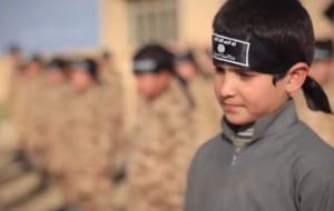 """Isis giustizia bimbo di 7 anni: """"Ha bestemmiato"""""""