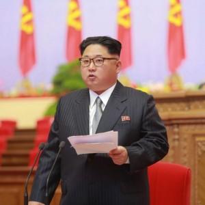 """Corea del Nord, Kim: """"Siamo potenza nucleare responsabile"""""""