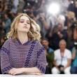 Lily Rose Depp piange braccata da paparazzi10