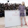 Lily Rose Depp piange braccata da paparazzi15