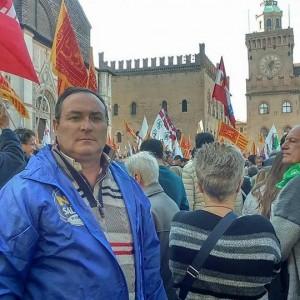 """Roma, denuncia: """"Vigile si dà malato, lavora per Salvini"""""""