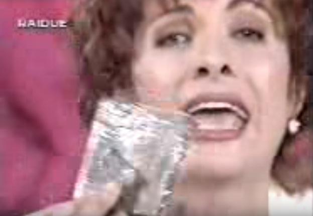 YOUTUBE Marco Pannella e hashish dato in tv a Alda D'Eusanio