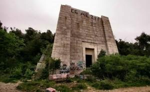 Mausoleo Ciano, ora ci girano un film per adulti