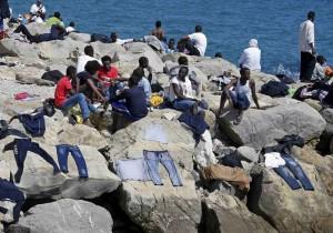 Guarda la versione ingrandita di Migranti Ventimiglia sindaco Pd autosospeso per protesta