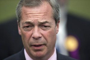 """Nigel Farage, bufera scorta: """"15mila £/giorno con soldi Ue"""""""