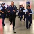 Nuova Zelanda, polizia cerca nuove reclute ballando8