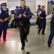 Nuova Zelanda, polizia cerca nuove reclute ballando7