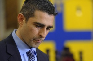 Federico Pizzarotti, sindaco Parma indagato per nomine Regio