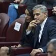YOUTUBE George Clooney e Richard Gere premiati dal Papa 5
