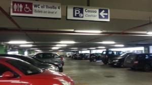 Guarda la versione ingrandita di Fiumicino, trovato impiccato nel parcheggio dell'aeroporto