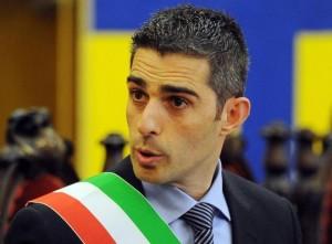 """Federico Pizzarotti sospeso da M5s: """"Non ci ha fornito atti"""""""