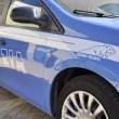 """Genova, picchia passanti in strada: """"Sento le voci"""""""