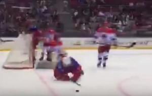 YOUTUBE Vladimir Putin per terra: rotola durante hockey