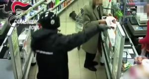 YOUTUBE Preso rapinatore seriale a Roma: 21 colpi in 4 mesi
